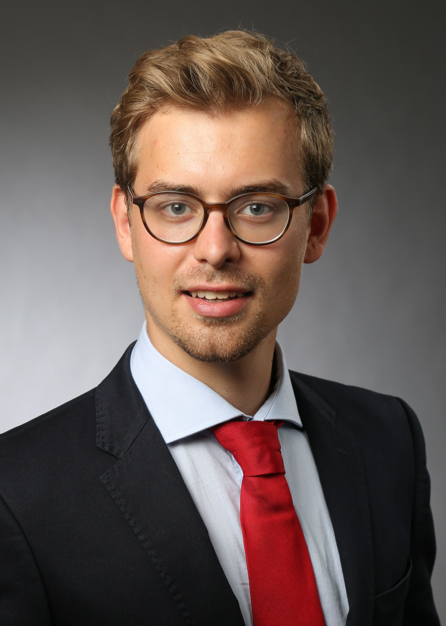 Jan-Niklas_CV-Picture